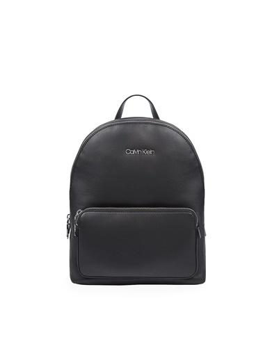 Calvin Klein Calvin Klein K60K607889 Bax Ayarlanabilir Omuz Askılı  Kadın Çanta Siyah